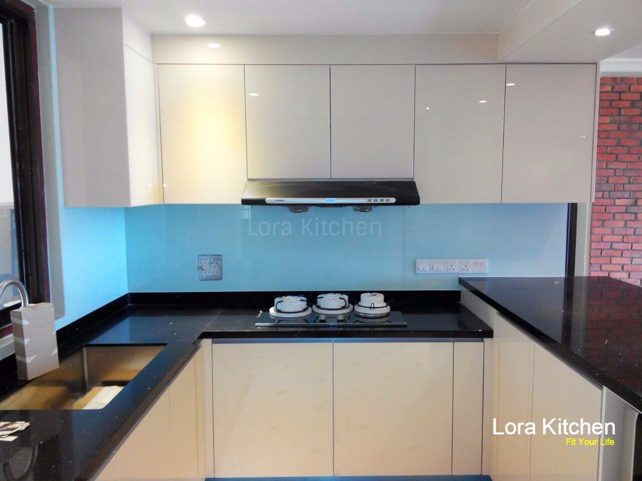 Lora Kitchen Design   Kitchen
